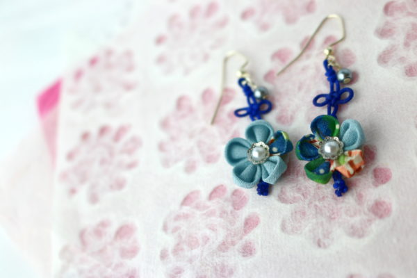 Knot&FlowerEarrings_BL
